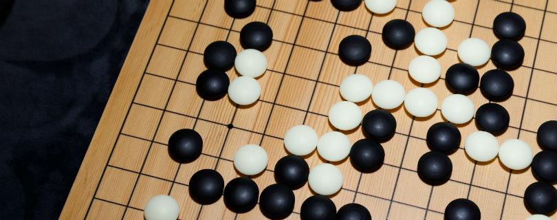 AlphaGo покидает спорт после победы над лучшим игроком в го в мире