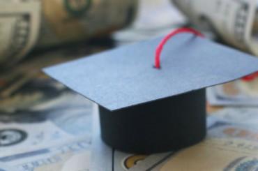 Британские студенты готовы заниматься проституцией, чтобы оплатить учебу