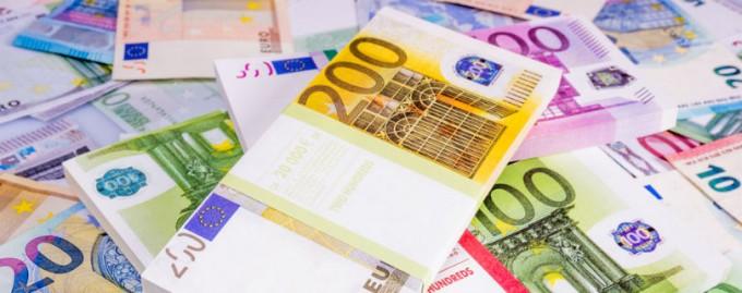Большинство европейцев поддерживают идею безусловного базового дохода