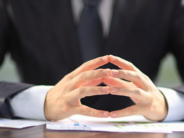 Нереалистичные цели, молчание и демотивация: 7 способов стать плохим шефом (и как не допустить этого)