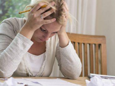 Проблемы с деньгами мешают американцам работать — исследование