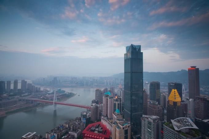 О работе в госкомпании, китайской меркантильности и «лукизме»: рассказ украинки о жизни в Китае