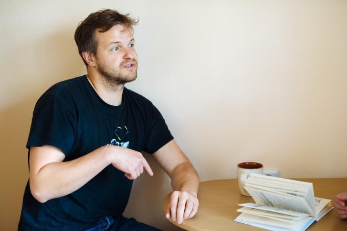 інтерв'ю з татом в декреті та письменником Артемом Чапаєм