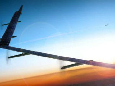Facebook провел испытания дрона, который будет «раздавать» интернет по всему миру