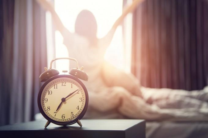 Полюбить утро: 7 советов, как начать раньше вставать