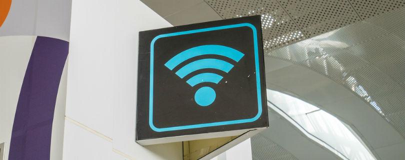 В Манчестере тысячи людей согласились мыть туалеты за бесплатный wi-fi