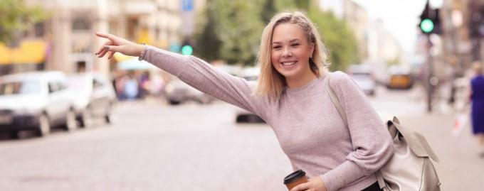 В Париже появилась первая служба такси только для женщин