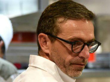 Французский шеф-повар попросил освободить его от трех звезд Мишлен