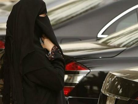 Женщинам в Саудовской Аравии разрешили водить авто