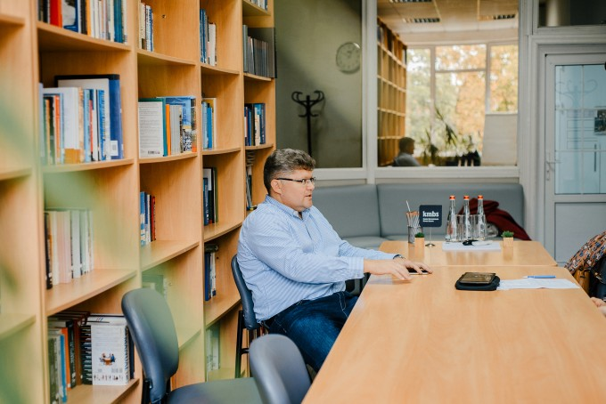 «Усіма нашими рішеннями у житті керує мозок ящура»: інтерв'ю з фінансовим аналітиком та викладачем Києво-Могилянської бізнес-школи Євгеном Пенцаком