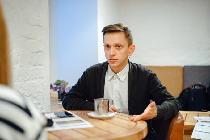 «Хоррор – це можливість приручити зло»: інтерв'ю з літературним критиком Євгенієм Стасіневичем