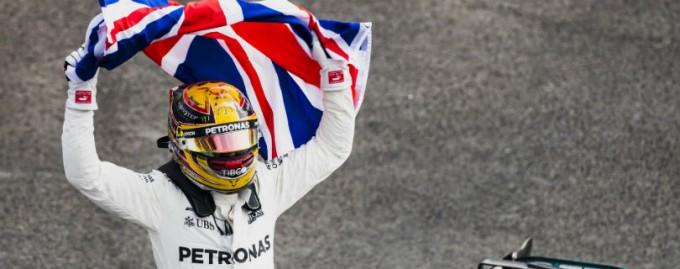 Чемпиона Формулы-1 уличили в неуплате налогов