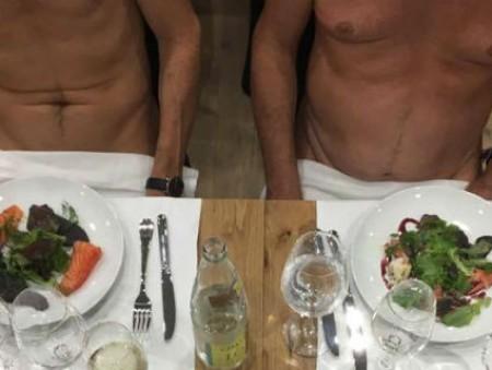 В Париже открылся первый нудистский ресторан