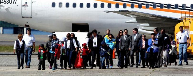 Немецкие летчики отказываются депортировать беженцев