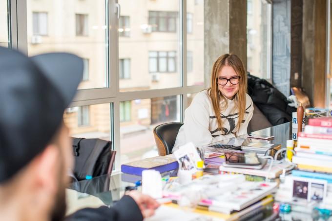 #Часы основателей Kyiv Academy of Media Arts Сергея и Анны Вовк: о работе как стихии, ненужных заклинаниях и как ребенок помогает в организации дня