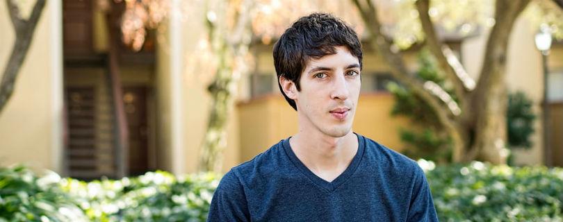 """Google обвинили в дискриминации """"белых консервативных мужчин"""""""