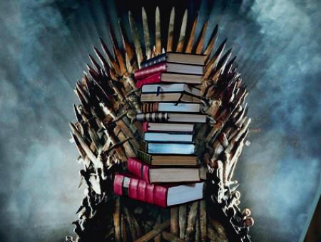 «Потрібно просто знайти книжку, заради якої захочеться відкласти смартфон»: відомі книголюби про своїх фаворитів, звичку читати та коли кіно програє літературі
