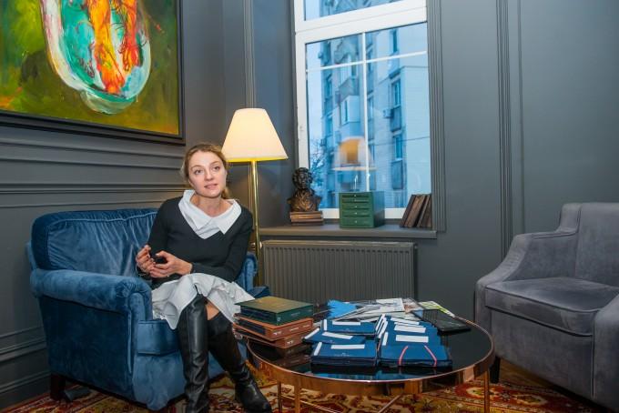 О селф-мейд клиентах, вершине портновского искусства и старте в период кризиса: интервью с основательницей мастерской мужских костюмов Indposhiv Bespoke House Катериной Возиановой