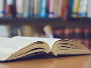 Сочинение писателя по собственной книге в школе оценили на «тройку»