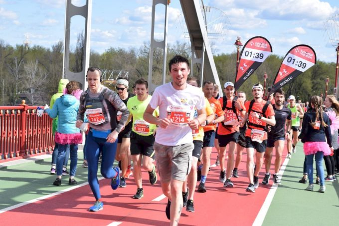 «Чем больше любителей, тем качественнее профессиональный спорт»: интервью с основателем Run Ukraine Дмитрием Черницким