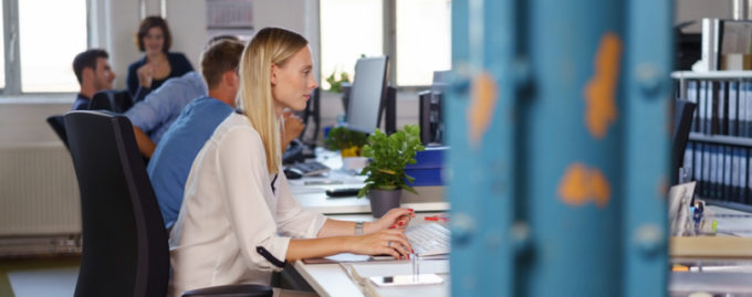 Исследование: опенспейсы ухудшают коммуникацию между сотрудниками