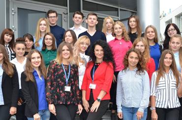 «Абсольвент»: чому молодь обирає стажування у «Кредобанку»