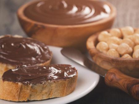 Работа мечты: компании нужны дегустаторы шоколадно-ореховой пасты