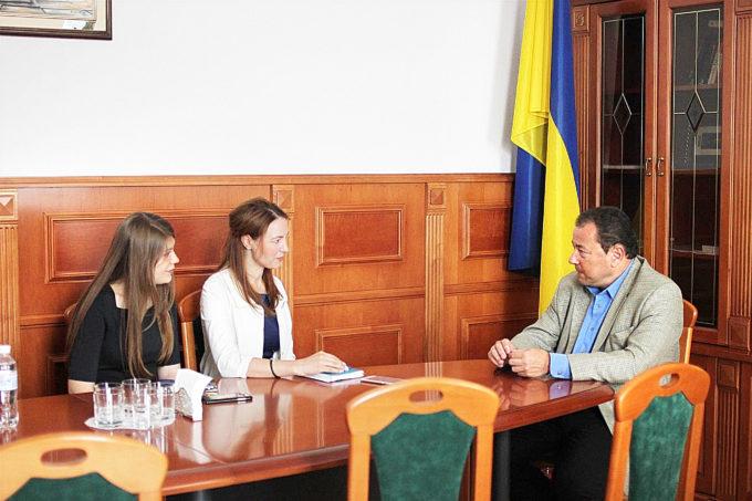 Хочу стати дипломатом: все про роботу у сфері зовнішньополітичних відносин