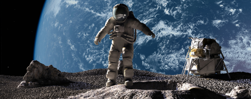 Стало известно имя первого космического туриста, который полетит к Луне вместе с музыкантами и художниками
