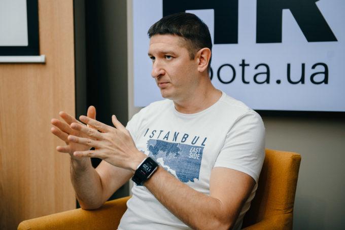 #Часы продукт- и маркетинг-директора компании rabota.ua Константина Павлова: об эффекте погружения, формуле командной эффективности и влиянии триатлона на продуктивность