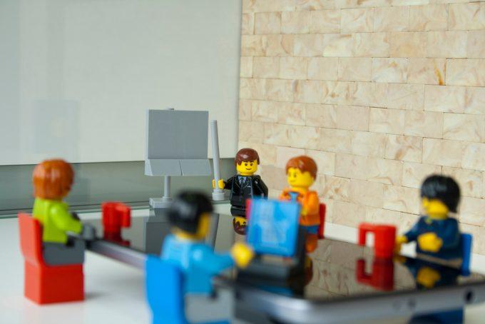 Робота 2020: як вижити на ринку праці в епоху роботів
