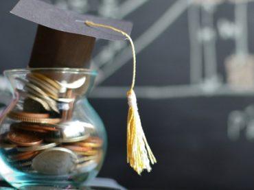 Как наличие диплома влияет на карьеру: результаты опроса