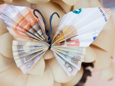 Взлетаем: топ-5 самых высокооплачиваемых вакансий марта