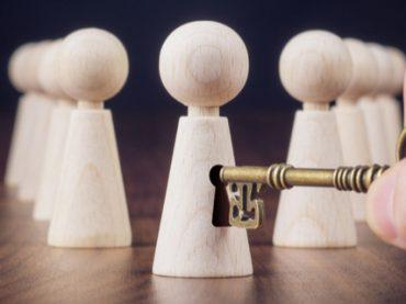 Психолог или коуч: к кому обращаться и как распознать псевдотренера