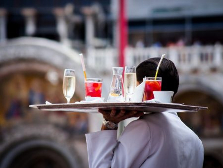 Робота-свято: львівська мережа харчування Вишиванка – про специфіку організації роботи та мотивацію працівників