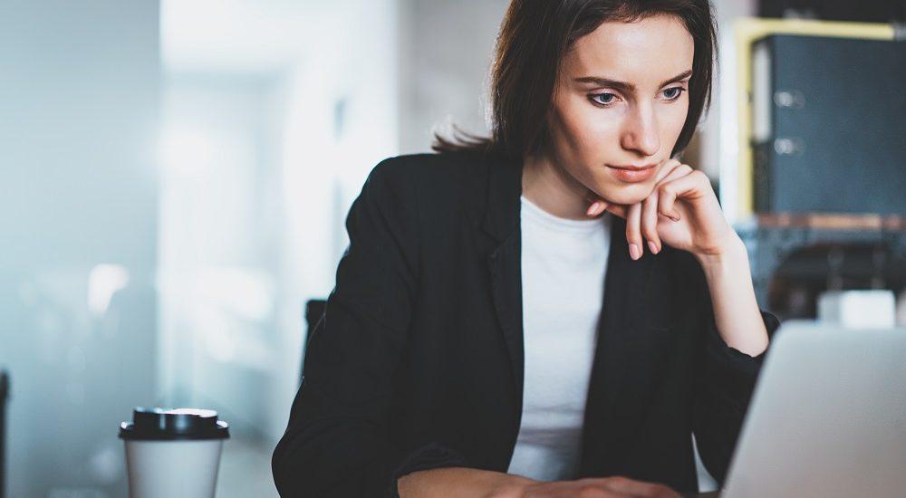 Девушка ищет работу без опыта работы девушки на работу в ярославль