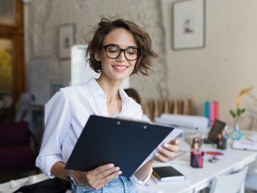 Як зберегти лад на робочому столі: 8 принципів