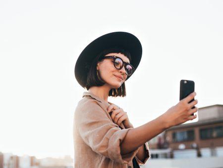 «Мамо, я блогер»: скільки заробляють міленіали на постингу в соцмережах