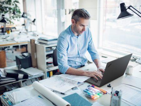 Повышаем KPI фрилансера: как правильно выбрать своего технологического «помощника»