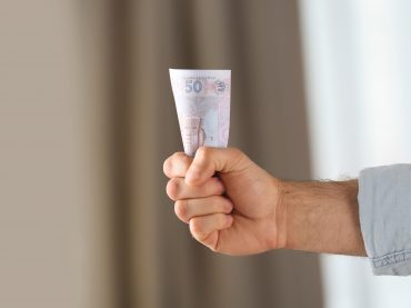 Фінансова грамотність: 8 простих правил, що допоможуть примножити власний бюджет
