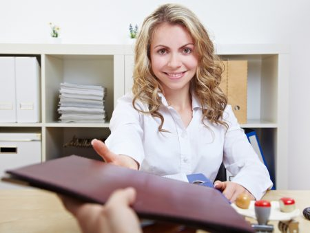 Не грюкайте дверима: 7 важливих правил вихідного інтерв'ю