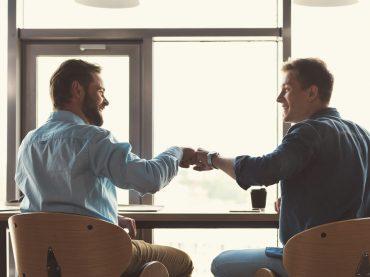 На роботу з другом: чому краще від цього відмовитися?