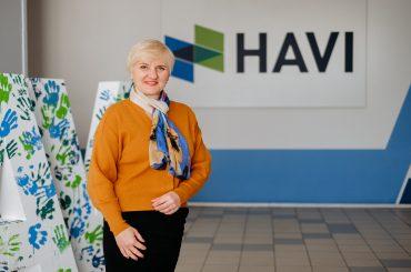"""""""Ми не намагаємося просто найняти людей, ми їм допомагаємо"""": інтерв'ю з керівницею відділу персоналу компанії HAVI Уляною Градовою"""