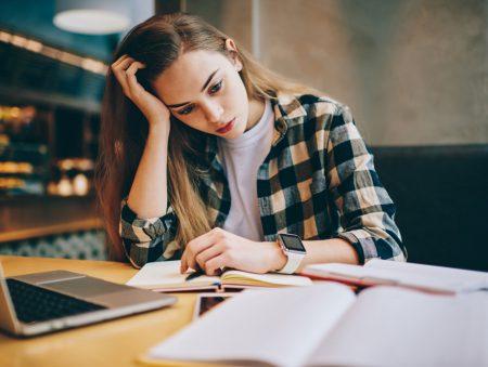 Вісім способів не думати про роботу вдома
