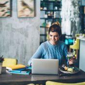 Як безпечно розпочати кар'єру фрілансера: 10 важливих кроків