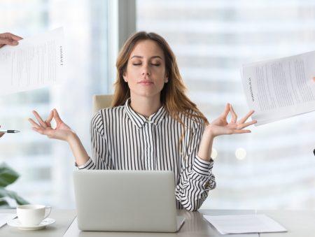 Поєднати непоєднуване: як відпочити під час завалу на роботі