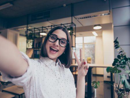 Запитайте юриста: блогери – проблемні чи креативні працівники? Що говорить закон?