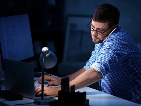 Незамінні: 12 підказок, як зберегти роботу в кризовий період