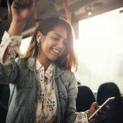 10 подкастів для вашої кар'єри та саморозвитку