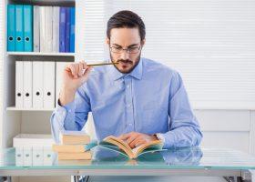 Сім книг, які допоможуть покращити фінансове становище